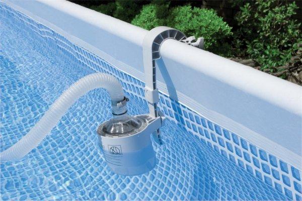 54472 Бассейн на опорах Intex 549х132см (видео,сист.очистки воды+фильтр-насос 220 В,лест.,настил,тент,наб. д/чистки,волейб.сетка) 54472