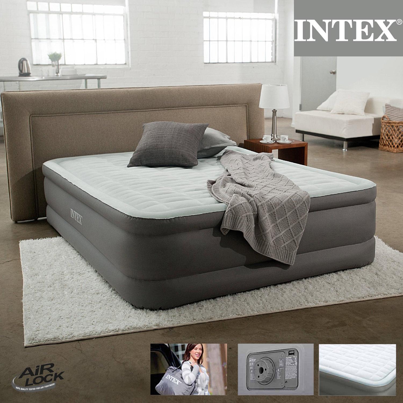 64474  Надувная кровать двуспальная с встроенным насосом Intex 220В (152х203х46)