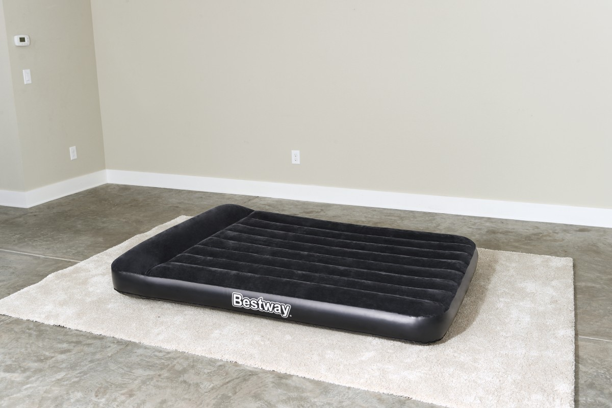 67462 Bestway Надувной матрас Aerolax Air Bed(Double) 191х137х30 см со встроенным насосом